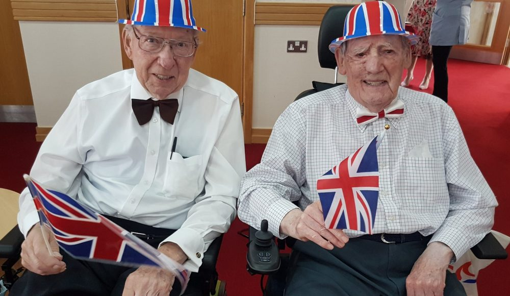 residents celebrating VE Day Anniversary at Devonshire Court