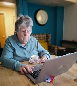 At aged 88, Roma took up computer lessons so that she could communicate with her loved ones.